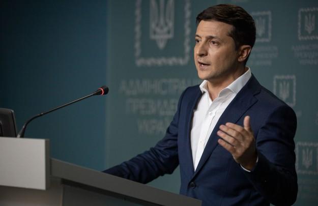 Президент закликав міжнародних партнерів України належним чином відреагувати на обстріл санітарного автомобіля у Водяному, у результаті якого загинуло двоє військових