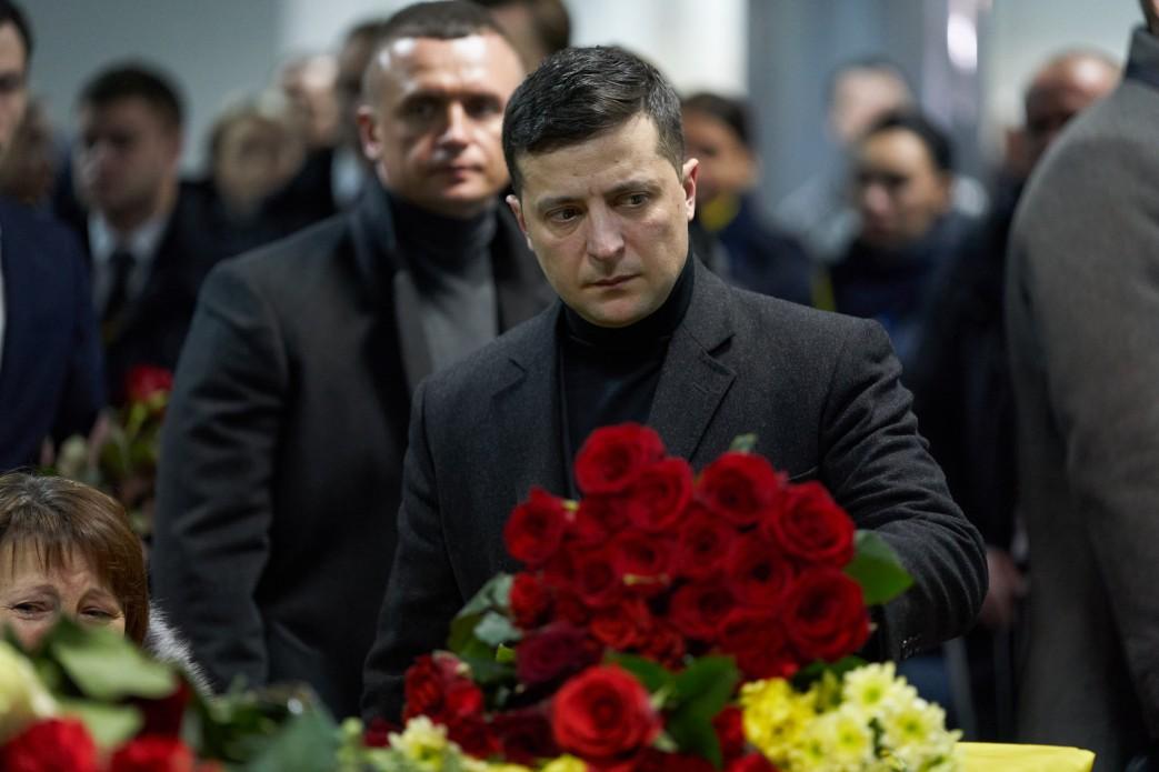 Президент взяв участь у церемонії вшанування пам'яті загиблих унаслідок авіакатастрофи біля Тегерана